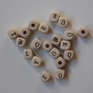 Letras 10x10mm Madera